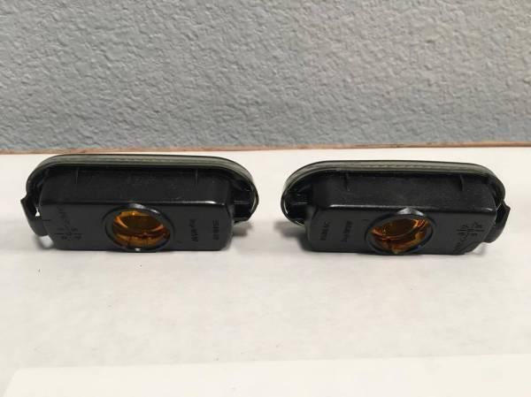 BLACK SIDE BLINKER SET LENSES ONLY PASSAT B4 1995-97